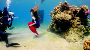 tal navarro underwater mermaid shooting