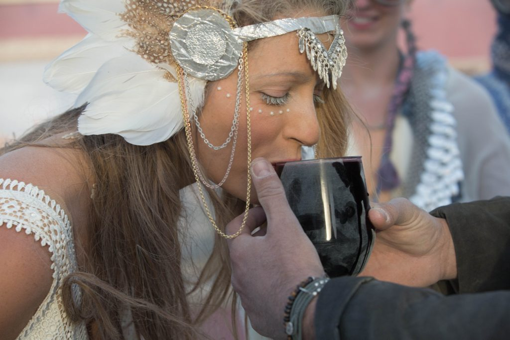 yoav schverd and tal navarro burningman wedding