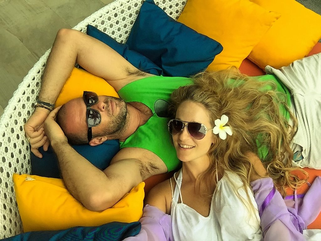 Relaxing in Thailand. Tal Navarro and Yoav schverd